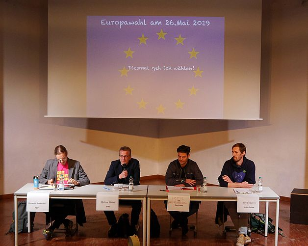 Podiumsdiskussion zur Europawahl mit den Oberstufen der GSG und KKG