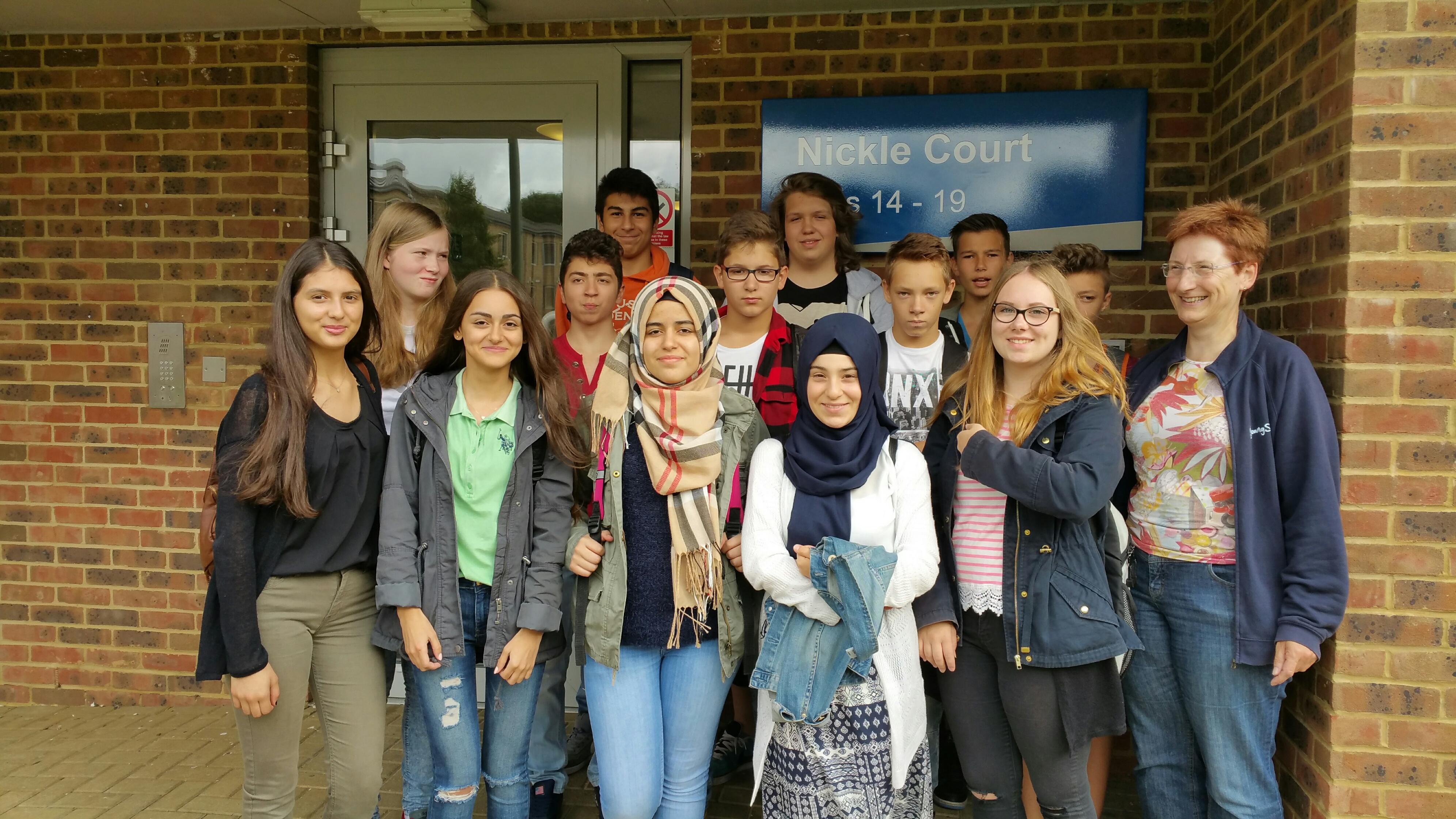 Die Bili-Gruppe des 9. Jahrgangs in Canterbury