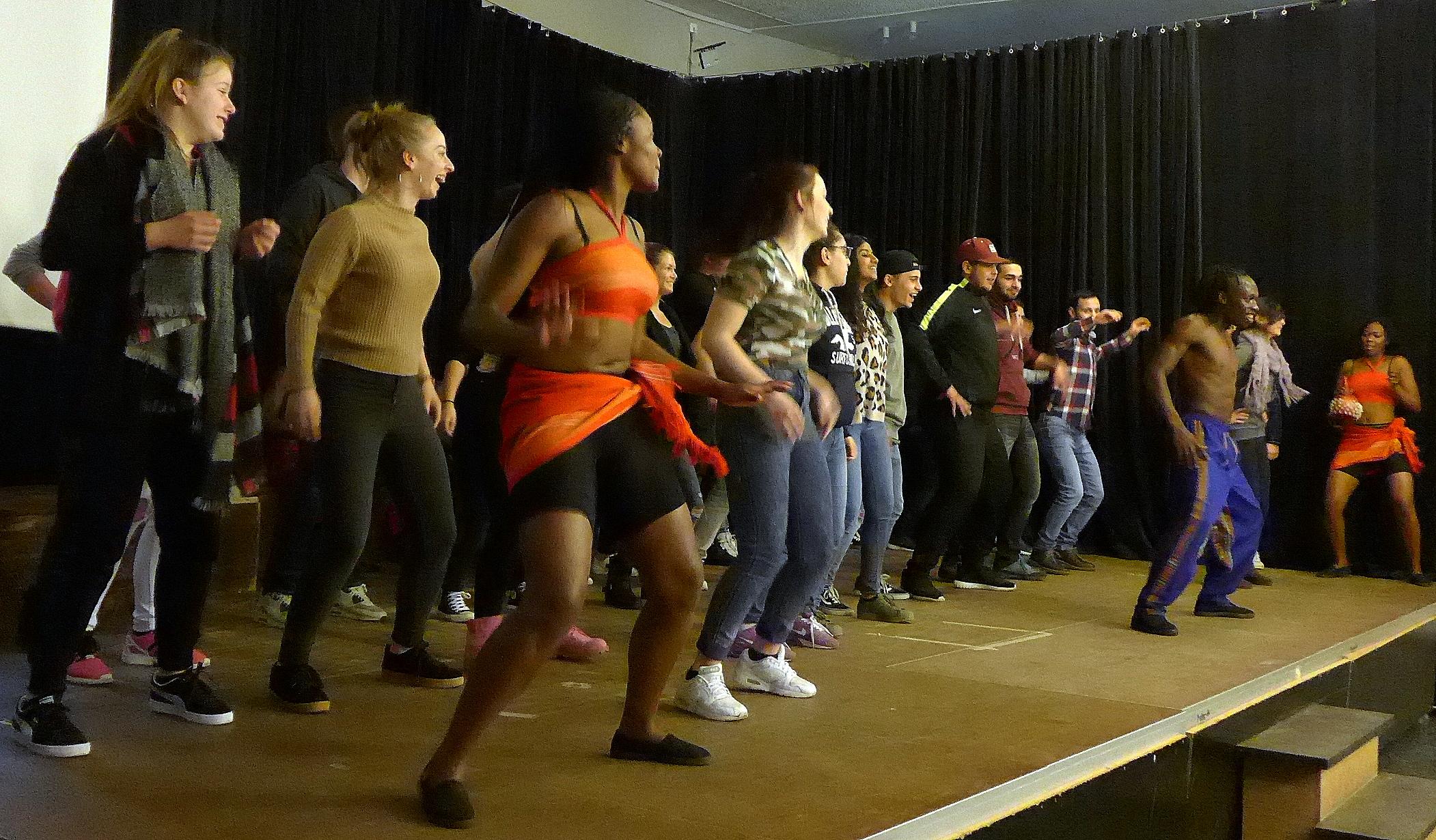 Das Hope Theatre aus Nairobi erneut zu Gast an der KKG