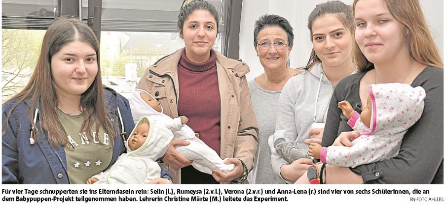 Bericht über das Babypuppen-Projekt des 10. Jahrgangs in den Ruhr Nachrichten