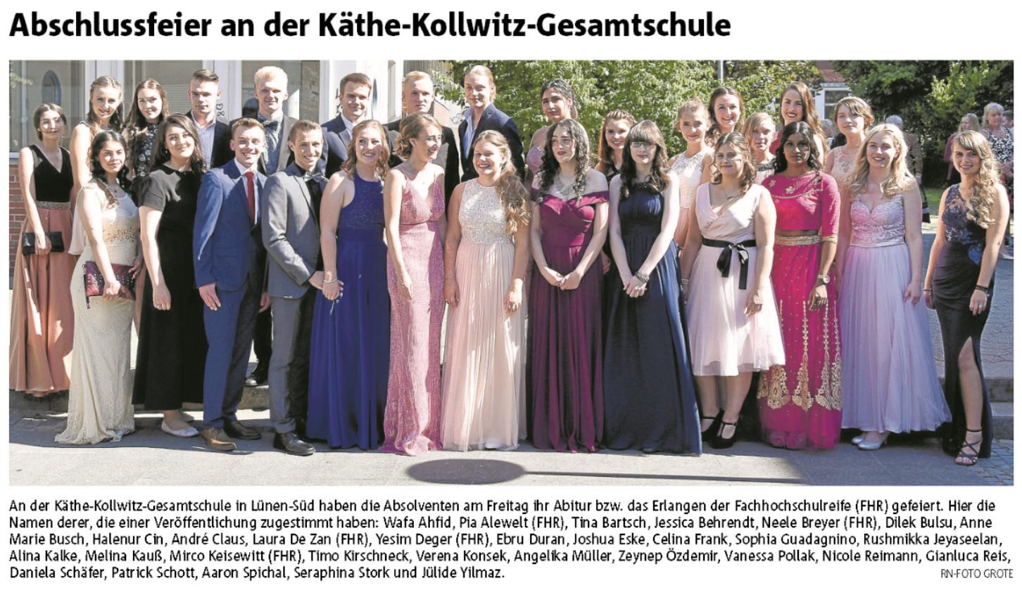 Abschlussfoto unserer AbiturientInnen in den Ruhr Nachrichten