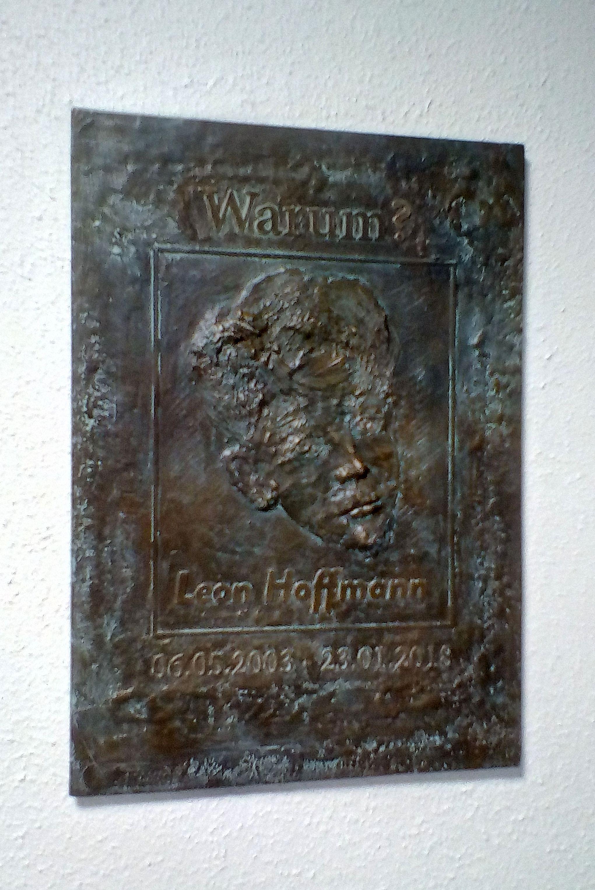 Gedenktafel für Leon Hoffmann